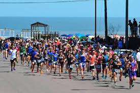 El sábado se realiza el Triatlón Short en la Laguna de Gómez